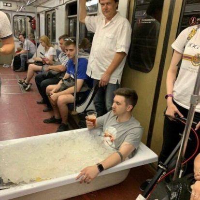 18 vicces fotó mutatja mennyire durva arcok jöhetnek szembe a moszkvai metrón