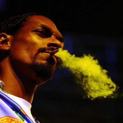 Snoop Dogg Sold Cameron Diaz Weed in High School