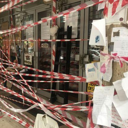 Fekete ruhás biztonságiak küldték el az egyetem épülete elől az SZFE hallgatóját