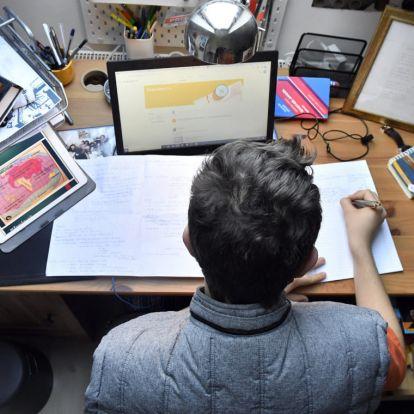 A Klebelsberg Központ nem tudja, hány SNI-s tanulót érint hátrányosan a digitális oktatásra való átállás