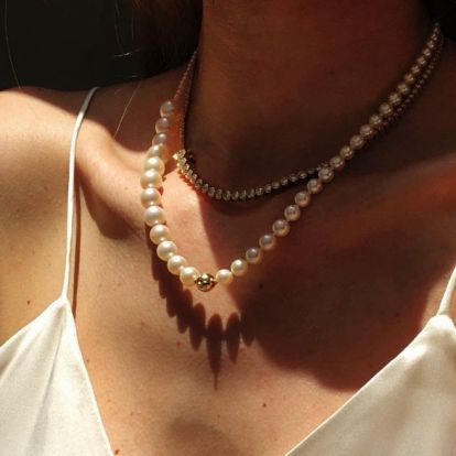 A Diamond Tennis Necklace Is The Classic Jewelry Trend I Can't Stop Thinking About