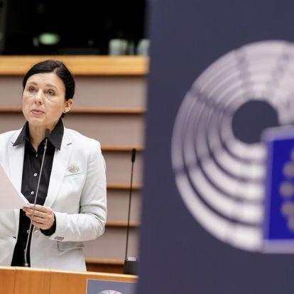 Orbán, Janša és Le Pen EP-képviselői védték a balkáni fideszes médiaterjeszkedést az EP-ben