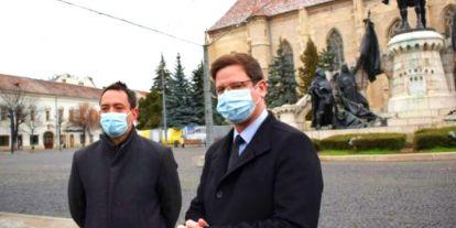 FRISS: A Romániában kampányoló Gulyás Gergely megvédte az agyalágyult Demeter Szilárdot