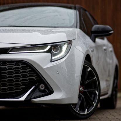 Egy kis plusz sosem árt – Toyota Corolla GR-Sport (2020) teszt