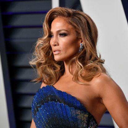 Jennifer Lopez bőre festék nélkül is ragyog: így néznek ki a sztárok smink nélkül