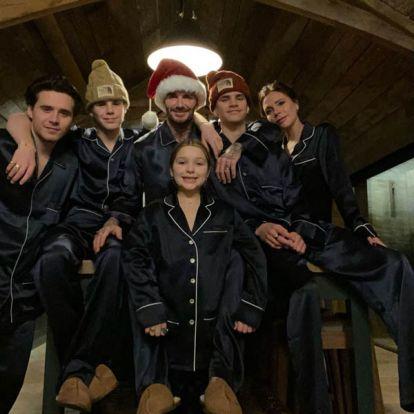 Con pijamas a conjunto: así celebran los Beckham la llegada de la Navidad