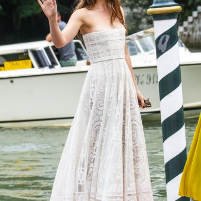5 Celebs With Style Like Dakota Johnson Whose Outfits Are Just As Inspiring