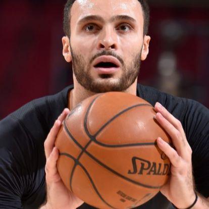Magyar étteremnek segített az NBA-ben játszó kosaras