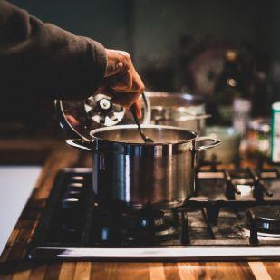 Ilyen pofonegyszerűen spórolhatsz időt és energiát a főzéssel