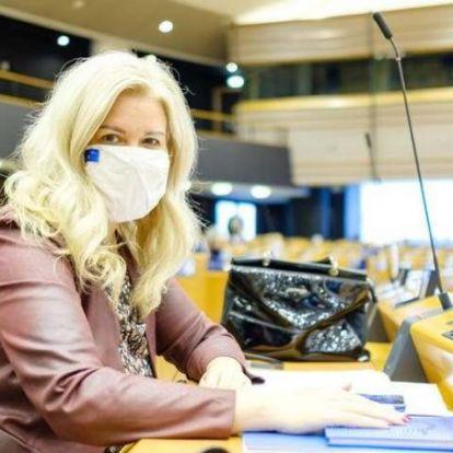 Az Európai Parlamentben is nő az érdeklődés a keleti vakcina iránt