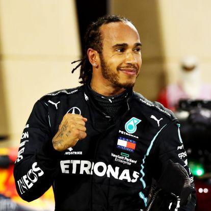 VIlágbajnoki fizetést kaphat Hamilton a Mercedestől, igaz csak egy évre