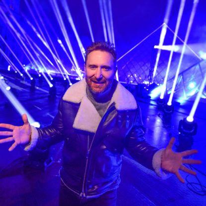 David Guetta posztolt egy félmeztelen képet, a kommentelők nem hitték el, hogy ennyire izmos