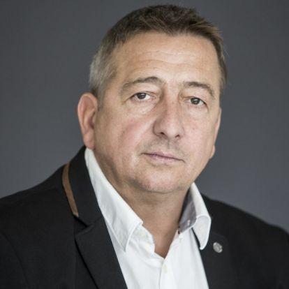 Bayer Zsolt: Törpe Károlyi Mihályocskák (5. rész)