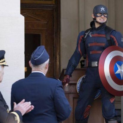 Ismerd meg Wyatt Russelt, az új Amerika Kapitányt