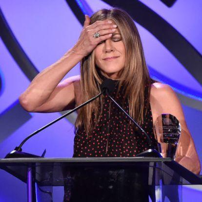 Jennifer Aniston tagadja, hogy anya lesz