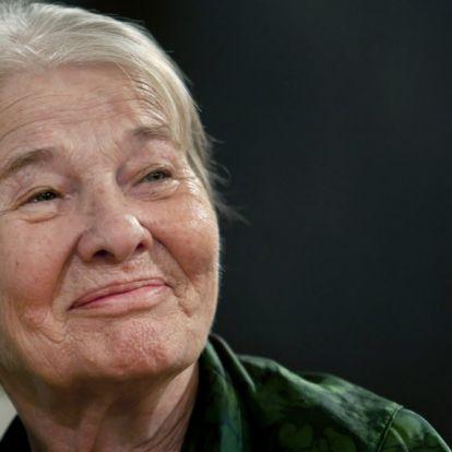 Így búcsúztak a magyar hírességek Törőcsik Maritól