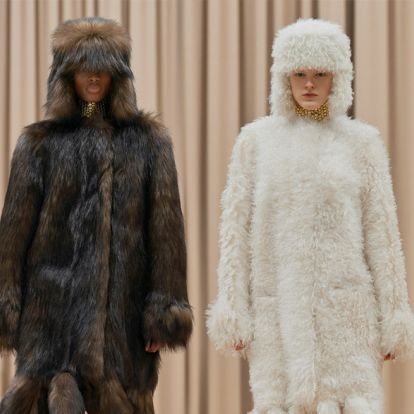 Burberry показали идеальную коллекцию для русской зимы. Предсказываем, за этими шубами будут охотиться все