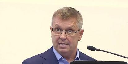 Matolcsy úgy tudja, Magyarország egy erős kölyökoroszlán, akinek Keletet kell követnie