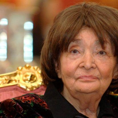 Szabó Magdáról sétányt, Psota Irénről utcát neveznek el Budapesten