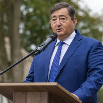 Még nem engedélyezte a kormány, de Mészárosék bejelentették: szállodáik kinyitnak jövő héten