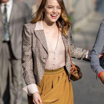 Emma Stone's Crossbody Bag Also Happens To Be Jennifer Aniston's Favorite Purse