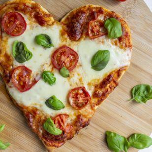 6 egyszerű trükk, amitől a pizzád olyan lesz, mintha profi készítette volna