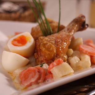 Mentás spárgaragu sült csirkecombbal