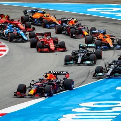F1: Papírforma szerint nyert Hamilton
