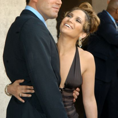 Ben Affleck & Jennifer Lopez's Cutest Couple Photos Over The Years