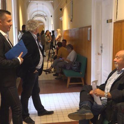 A DK-s politikus szerint durván korlátozza az oltatlanok szabadságjogát az állam