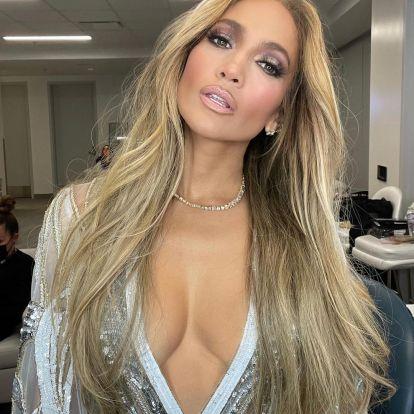 Jennifer Lopez Got Blunt Curtain Bangs For Spring