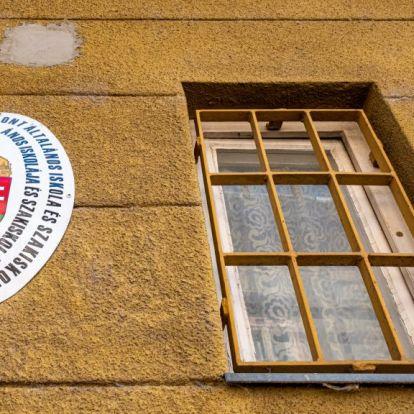 Ombudsman: nem kapnak rendesen enni, és erőszakot szenvedhetnek a kalocsai nevelőotthonban a gyerekek