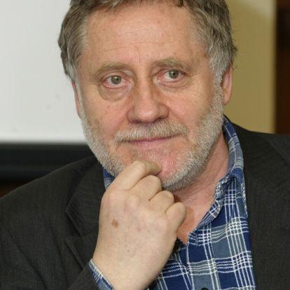 A 77 éves Koltai Róbert igazi újrakezdő: Gaál Ildikóval 4 éve alkotnak egy párt