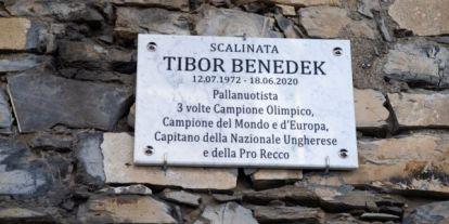 Menczer Tamás kiosztotta a Benedek Tibor emléktáblájáról füllentő baloldali firkászokat
