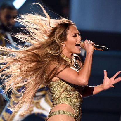 Blikk: Jennifer Lopez húzza a talpalávalót Mészáros Lőrinc és Várkonyi Andrea lagziján