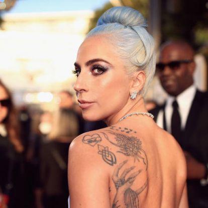 Lady Gaga teljesen meztelenül pózol legújabb videójában