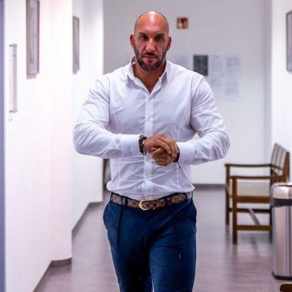 Berki Krisztián: Bruce Willis karakterét sem akarják összemosni a valós személyiségével