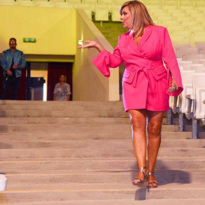 Újabb fejlemény Szulák Andrea és exe csörtéjében: eltűnt az énekesnő pikírt posztja