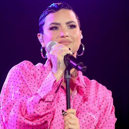 Demi Lovato túl van élete első szexjelenetének forgatásán
