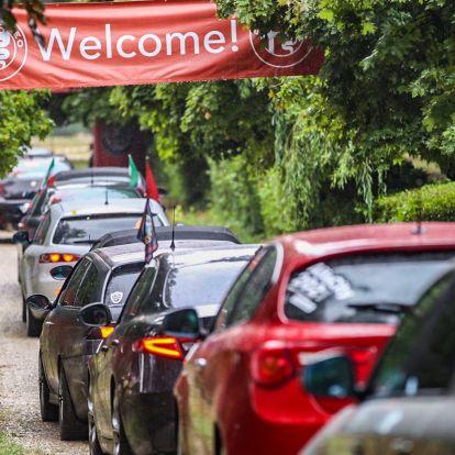 Újra buliztak az alfások: 800 autó és 2500 ember az AlfaCityben!