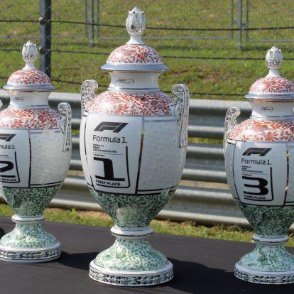 F1: Képeken a Magyar Nagydíj győztesének járó trófea