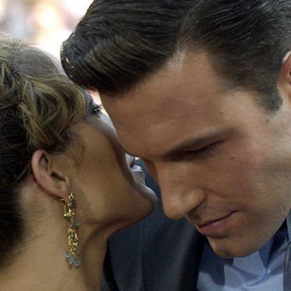 Jennifer Lopez és Ben Affleck hétköznapi párként romantikáznak a szomszédban