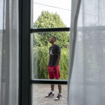 Szkinhedek kergették egykor Hanga Ádámot, most a Real Madridból üzen a rasszizmus ellen