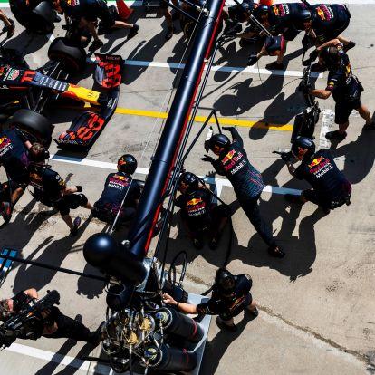 F1: Rasszista üzeneteket küldött, kirúgták a Red Bull-ost