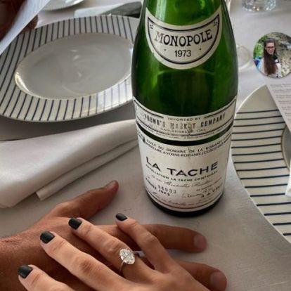 Azta, micsoda méregdrága bort bontottak Vajna Tímea eljegyzésén