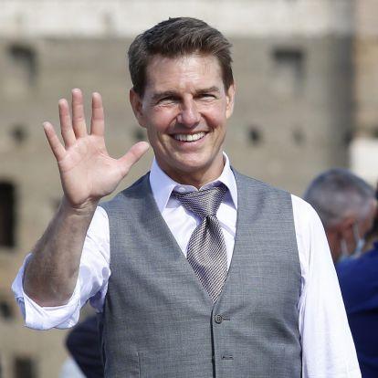 Tom Cruise egy angol család kertjében landolt a helikopterével