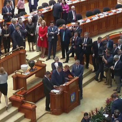 Megbukhat a román kormány