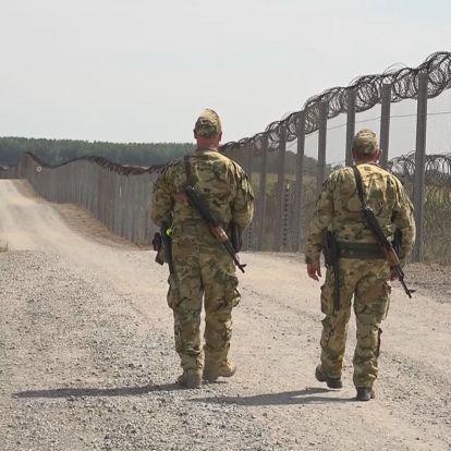 Nő a migrációs nyomás - a kormány meghosszabbította a válsághelyzetet