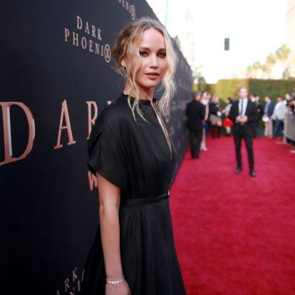 Jennifer Lawrence az első gyerekét várja