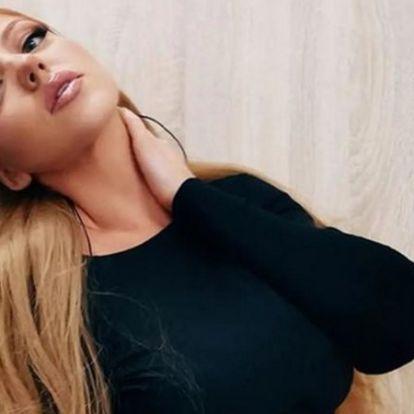 Élvezi a szingliséget Tolvai Reni, ismerősei szerint a Kállay-Saunders Andrással szakító énekesnő teljesen felszabadult